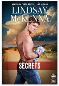 FB size 975K SECRETS by Lindsay McKenna